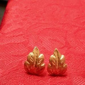 18k gold leaf earings